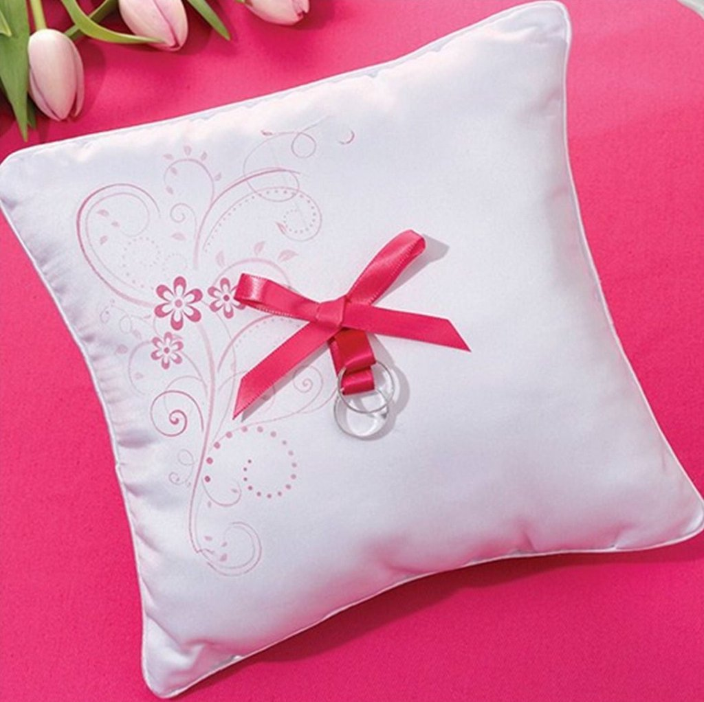 Pink Floral Wedding Ring Pillow in Penticton, BC 【 Skaha.ca 】