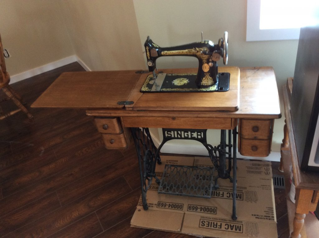 Singer sewing machine in penticton bc for Best home decor sewing machine