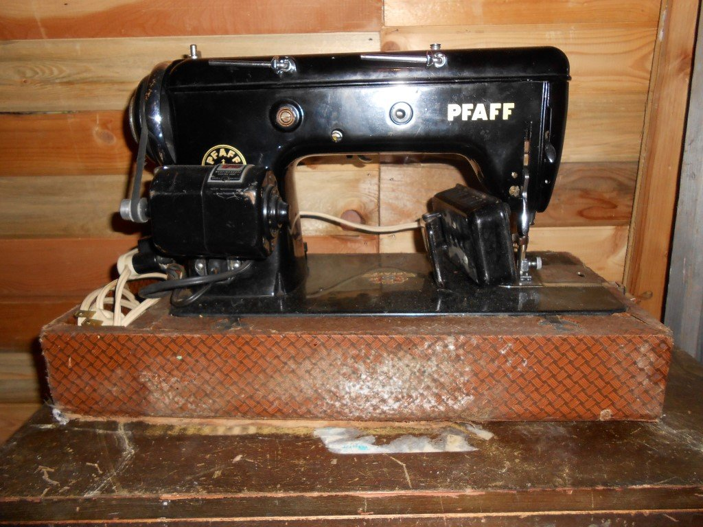 Antique sewing machines etc for sale in penticton bc skaha antique sewing machines etc for sale sciox Choice Image